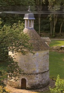 the Mortemer Abbey dovecote