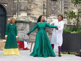 L'habillage du seigneur et de sa dame